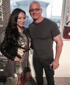 Female wrestling legend Gail Kim and her husband Food Network chef Robert Irvine spent the Christmas holiday serving the US troops as apart of the USO tour #WWE #TNA #wwecouples #wwewives #wwewags