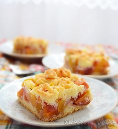 Peach Crumb Bars - a light summer fruit dessert. I would add some raspberries to this as well. Yum!