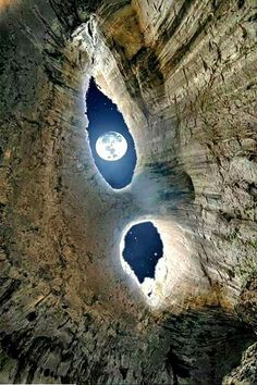 Funny pictures about Beautiful Moon View. Oh, and cool pics about Beautiful Moon View. Also, Beautiful Moon View photos. Beautiful Moon, Beautiful World, Beautiful Places, Beautiful Pictures, Amazing Photography, Nature Photography, Time Photography, Landscape Photography, Foto Picture