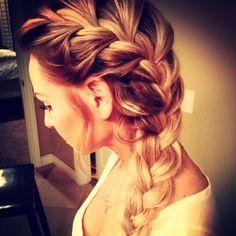 Love the side braid!