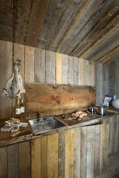 La cuisine toute de bois vêtue - Ma belle petite cabane en bois - CôtéMaison.fr#diaporama