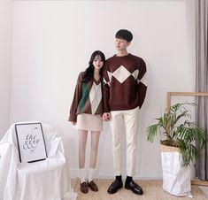 Korean Couple Fashion - Official Korean Fashion Korean Outfit Street Styles, Korean Outfits, Korean Style, Matching Couple Outfits, Matching Couples, Korean Aesthetic, Couple Aesthetic, Mens Fashion Online, Unisex Fashion