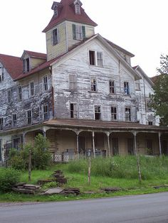 Abandoned Cold Spring Hotel, Tannersville, NY