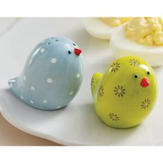 vintage chick salt and pepper shakers