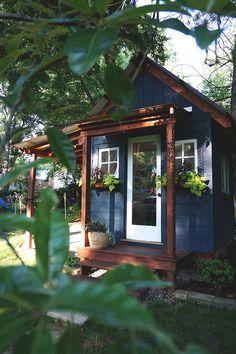 Backyard Art Studio — Rachel Roe Art + Design - Sites new Backyard Studio, Backyard Sheds, Garden Sheds, Shed Design, Tiny House Design, Design Art, Exterior Paint, Exterior Design, Art Shed