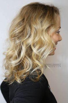 Hair Color by Johnny Ramirez •  Ramirez|Tran Salon • 310.724.8167 • info@ramireztran.com // #johnnyramirezhaircolor #johnnyramirez #ramireztransalon #boxno216 #beautifulhair #wavyhair #longhair #blonde #brunette #beverlyhills