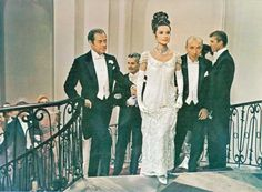 Audrey Hepburn - My Fair Lady - Costume designed by Cecil Beaton My Fair Lady, Audrey Hepburn Hair, Movie Wedding Dresses, Wedding Movies, Golden Age Of Hollywood, Old Hollywood, Hollywood Stars, British Actresses, Hollywood Actresses