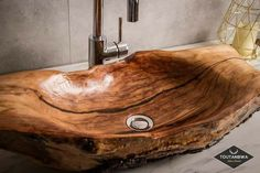 Rustic Bathroom Shower, Rustic Bathroom Designs, Rustic Home Design, Wooden Bathroom, Rustic Bathrooms, Bathroom Interior Design, At Home Furniture Store, Modern Home Furniture, Bohemian Furniture