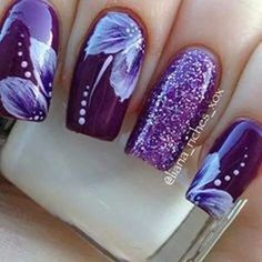 En UÑAS DECORADAS encontramos 40 diseños diferentes de manicuras muy originales - Coffin nails are fun to experiment with. Take a look at these 69 impressive designs you will definitely want to play around with. Fabulous Nails, Gorgeous Nails, Pretty Nails, Nice Nails, Beautiful Nail Designs, Beautiful Nail Art, Hot Nails, Hair And Nails, Nail Art For Girls
