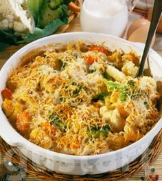 Sajtos-zöldséges karfiolgratin Macaroni And Cheese, Ethnic Recipes, Food, Living Room, Mac And Cheese, Essen, Meals, Yemek, Eten