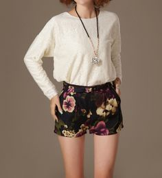 Chic floral print shorts and white blouse
