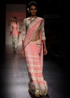 Lakme Fashion Week 2013 Collection by Manish Malhotra 10