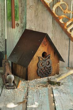 Rustic Old Barn with Wise Old Owl. $34.95, via Etsy. #woodenbirdhouses