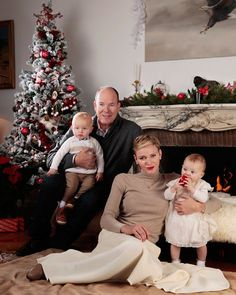 A new photo of Prince Albert and Princess Charlene and their twins Gabriella and Jacques