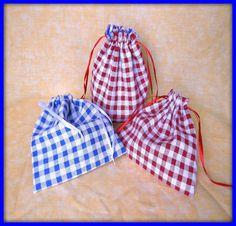 Panier et pochettes en tissu lin vichy rouge bleu blanc : Autres sacs par orkan28