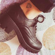 diamond tattoo on foot tattoo on foot Large Tattoos, Trendy Tattoos, Popular Tattoos, Sexy Tattoos, Body Art Tattoos, Sleeve Tattoos, Girly Tattoos, Tattoo Small, Tatoos
