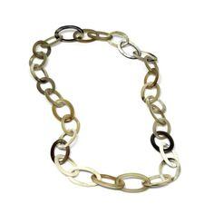 Die Produkte von Stillsegler sind mit großer Liebe zum Detail und besonderer Leidenschaft für aussergewöhnliche Materialien gefertigt. Metal Chain, Jewelry, Accessories, Shoe Polish, Necklaces, Handarbeit, Nice Asses, Passion, Products