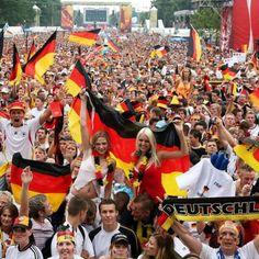 http://www.bild.de/sport/fussball/dfb/hilft-eigenen-fans-beim-kuendigen-45502530.bild.html