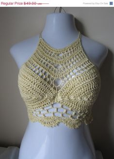 Crochet halter top festivalboho chic beach by Elegantcrochets Moda Crochet, Crochet Bra, Crochet Halter Tops, Crochet Crop Top, Crochet Clothes, Gypsy Crochet, Crochet Designs, Crochet Patterns, Bustiers