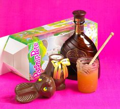 Honey Bunny: Got leftover Easter candy? Stressed out & in need of a cocktail? We've got a solution! Rip the head off of that chocolate bunny & fill it with our Easter libation creation! Easter Drink, Easter Cocktails, Easter Candy, Hoppy Easter, Fun Cocktails, Candy Drinks, Chocolate Easter Bunny, Chocolate Liqueur, Vanilla Vodka