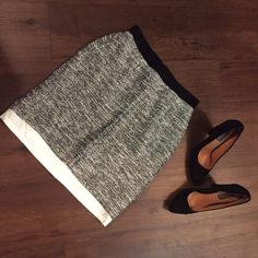 Kate Spade Skirt NWOT, this black, white and gray color combination skirt by Kate Spade is fully lined, sleek, sexy and elegant. Style of this skirt does shows bottom of built in slip. Comment below with any questions This item is also available on Vinted  kate spade Skirts