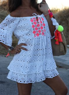 Swans Style is the top online fashion store for women. Shop sexy club dresses, jeans, shoes, bodysuits, skirts and more. African Wear, African Dress, Spring Outfits, Trendy Outfits, Beach Dresses, Summer Dresses, Ibiza Fashion, Style Fashion, Autumn Street Style