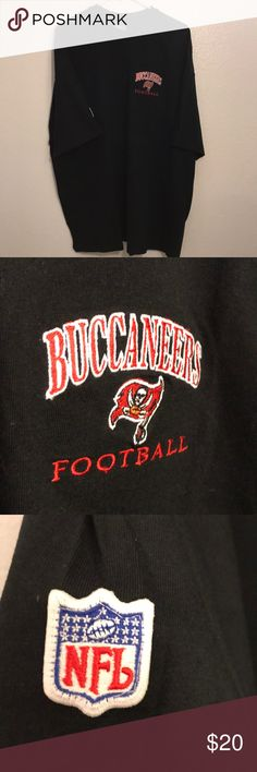 Vintage Champion Tampa Bay Buccaneers Size XL Vintage Champion Tampa Bay Buccaneers Size XL, Brand New, Never Worn or Used, 🎄WILL SHIP IN ONE DAY🎄All bundles of 2 or more receive 20% off. Closet full of new, used and vintage Vans, Skate and surf companies, jewelry, phone cases, shoes and more. Champion Shirts Tees - Short Sleeve