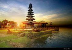 Bali: The Island of the Gods | AmO