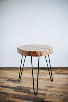 Modern Hairpin Legs End Table, Mid Century Table, Side Coffee Table, Wooden Coffee Table, Butterfly Round Coffee Table Modern, Side Coffee Table, Mid Century Coffee Table, Rustic Coffee Tables, Modern Couch, Large Sofa, Rustic Wood, Modern Rustic, Midcentury Modern