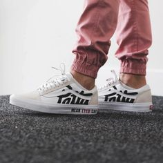 0b265b67e78 Patta x Vans Old Skool  Mean Eyed Cat  - True White - 2017 (