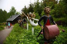 Veijo Rönkkönen / Finnish folk artist / Parikkala sculpture park