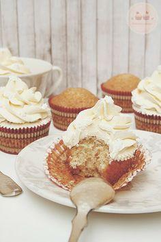 Cupcakes de Turrón de Jijona con Buttercream de Miel