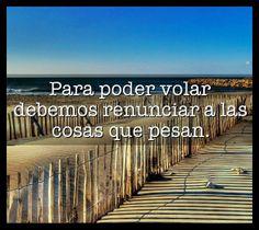 #soltar es lo más difícil pero lo más importante que se debe aprender a hacer en la #vida . #frases <3