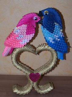 adorable kissing birdies