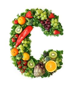 When most people think about vitamin C, the image of an orange suddenly appears in their mind. However, it is not only citrus fruits that contain vitamin C, and so many foods are full of it. Vitamin A, Natural Vitamin C, Health Ads, Whole Food Recipes, Healthy Recipes, Adrenal Fatigue, Adrenal Health, Chronic Fatigue, Fruits And Vegetables