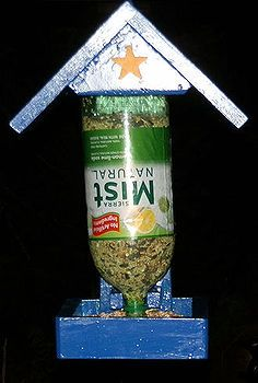 bird feeder, gardening, Two liter bottle that lasts about four days using sunflower seeds