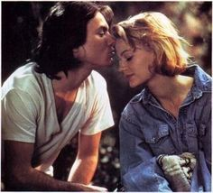 "River Phoenix & Samantha Mathis in ""The Thing Called Love"""