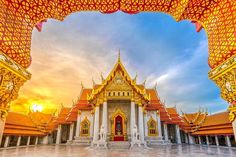 'Monumental' winners from the world's largest photo contest showcase history and heritage – Wikimedia Foundation. Wat Benchamabophit, a Buddhist temple in Bangkok, Thailand. Bangkok Hotel, Bangkok Travel, Travel Tours, Bangkok Thailand, Unique Buildings, Beautiful Buildings, Temple D'or, Buddhist Temple, Vietnam Cruise