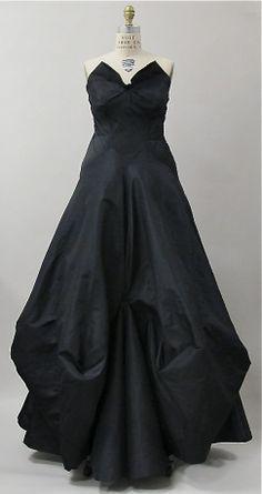 Evening dress 1938 Charles James