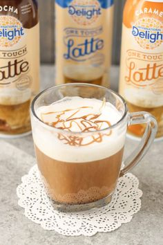 A delicious, sweeten, flavored and frothed latte in 3-steps? Yes, I've got your answer. International Delight® One Touch Latte™ are delicious, fast and easy!  @walmart  @indelight  #Lattemadeeasy AD | Strawberry Blondie Kitchen