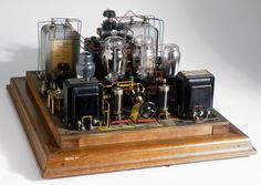 1927 Raleigh Mullard tube amp. I love the look of this amp. Facebook Cover http://freefacebookcovers.net