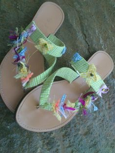 Handmade sandals with bows and ribbons! Be creative ,girls! It's simple!
