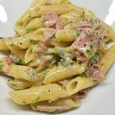 Pasta Con Calamari, Pasta Bar, Salty Foods, Creamy Pasta, Prosciutto Cotto, Easy Cooking, How To Cook Pasta, I Love Food, Pasta Dishes