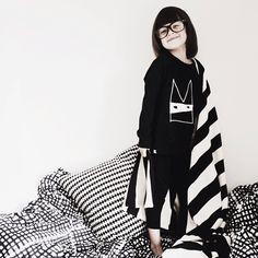 patterns and black&white/daughter #instagram/saartruyens