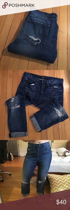 AYR Boyfriend Fit Jeans Super soft denim jeans! Ripped in perfect places around the knee. They have a boyfriend/boxy fit and look cute with a tight shirt and flip flops. They are in great shape, but are too big for me! AYR Jeans Boyfriend