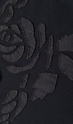 dern Applique with contrasting stitches - sewing ideas, fabric manipulation // Alabama Chanin