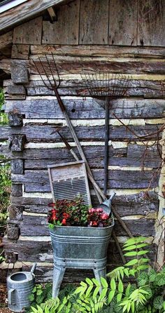Garden Decor - So Popular Love the look of galvanized in primitive decor for the cabin.Love the look of galvanized in primitive decor for the cabin. Rustic Gardens, Outdoor Gardens, Rustic Garden Decor, Garden Decorations, Christmas Decorations, Magic Places, The Ranch, Yard Art, Porches