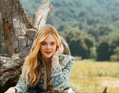 elle fanning we bought a zoo movie photos | Dakota & Elle Fanning Japan: Elle Fanning - We Bought A Zoo New Photo
