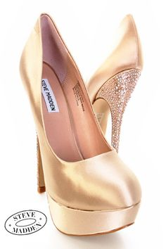 I tried these on and totally regret not getting them. I have these in black! They are ridiculously fun I <3 them!