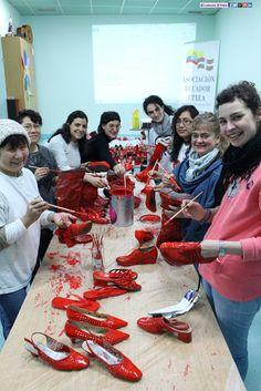 Última reunión Zapatos Rojos en Bilbao 28/02/2015 en Ecuador-Etxea +fotos: http://ecuadoretxea.blogspot.com.es/2015/02/ultima-reunion-zapatos-rojos-en-bilbao.html